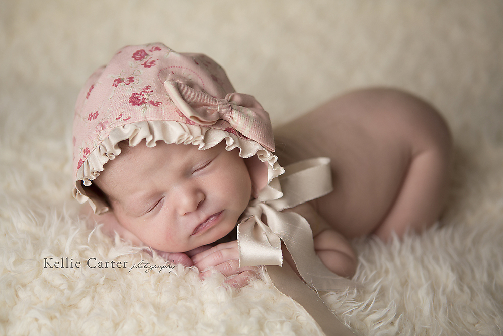 Baby kinsley 2 weeks somerset ky newborn photographer