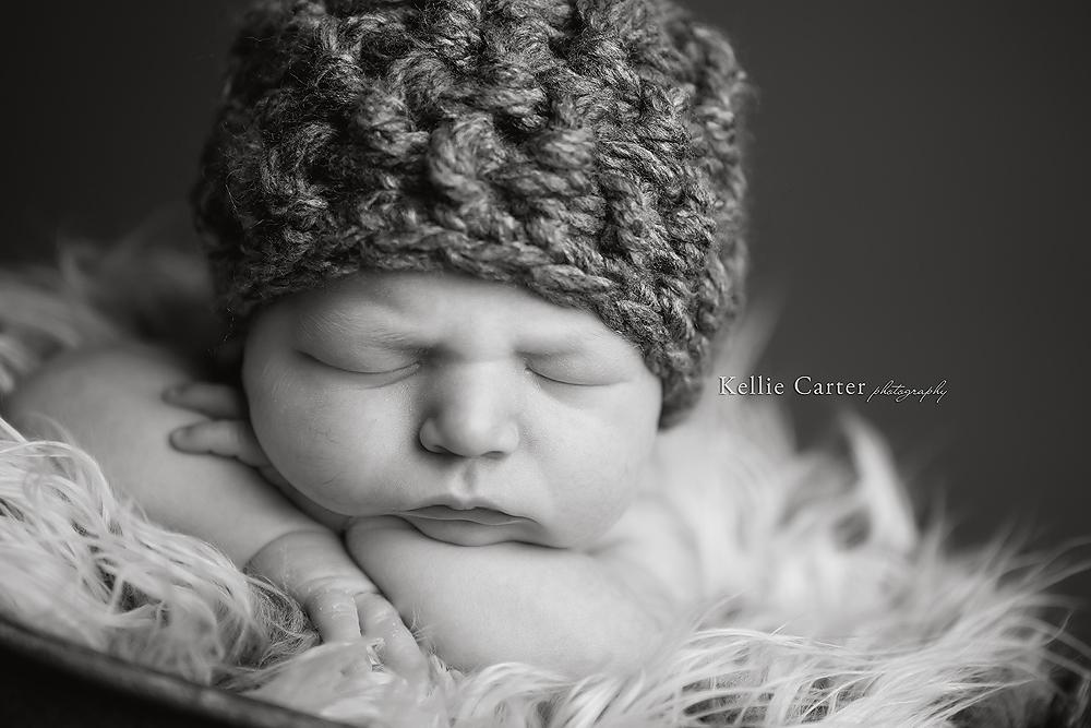 sleeping newborn picture