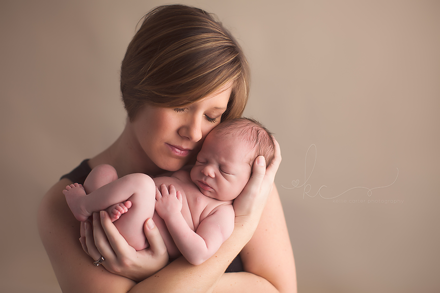 Newborn Photographer Kellie Carter